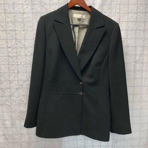 Tahari size 12 pinstriped blazer
